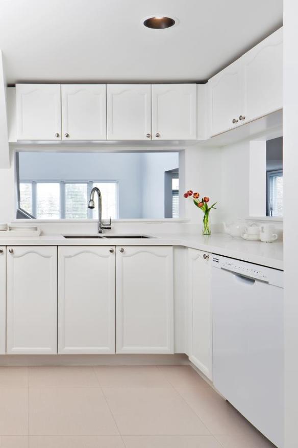 cocina blanca reformada