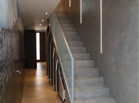 07_Montserrat-escalera