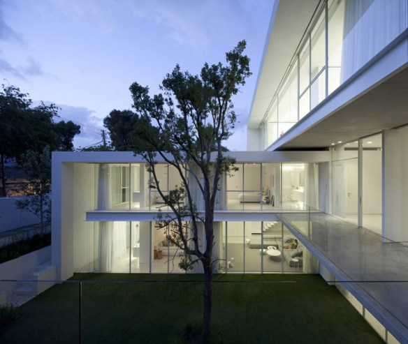 Ramat Hasharon House 16