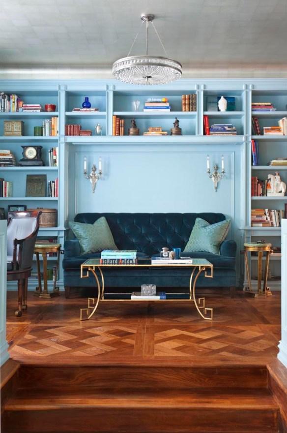 sofa azul libreria