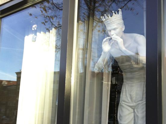 el-rey-andaz-nos-llama-amsterdam
