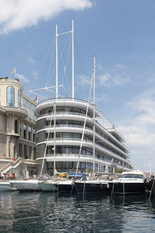 Foster + Partners Yacht Club Monaco 13