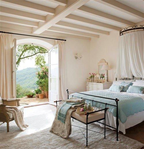 cama colcha azul