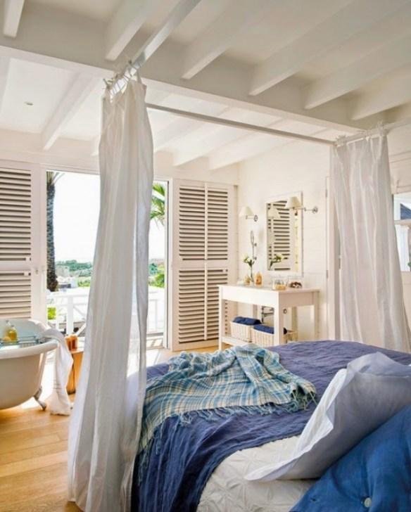 cama ropa azul