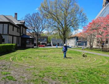 'Like a moving wave of peace': Locals participate in World Labyrinth Day