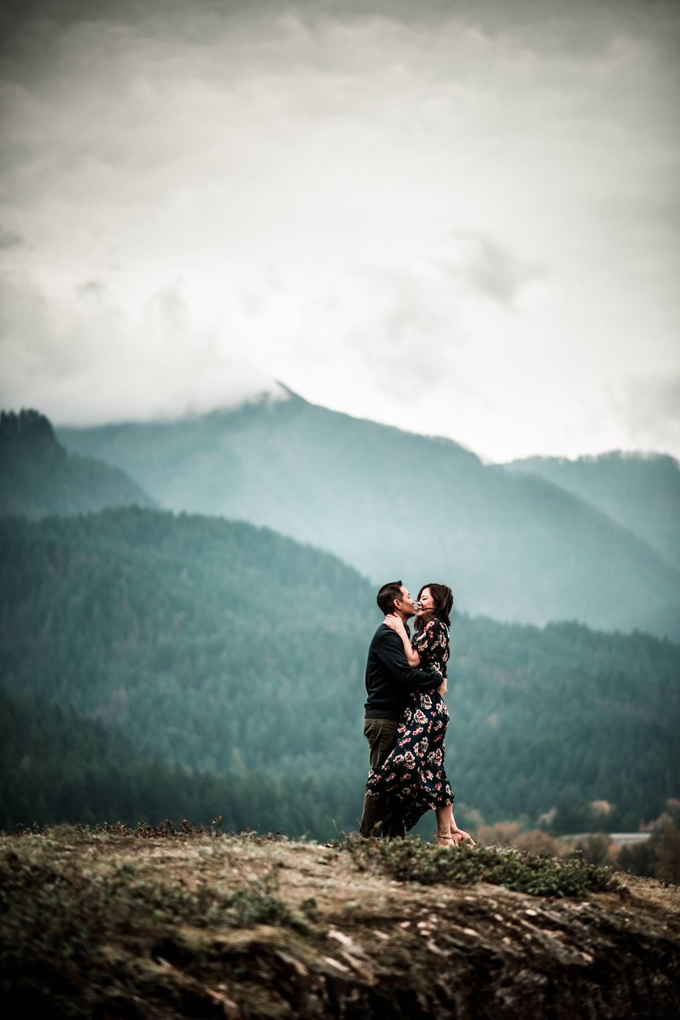 Cascade Locks Engagement-12