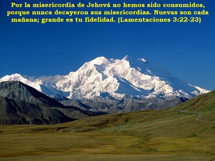 Por La Misericordia De Jehová No Hemos Sido Consumidos Dios Es