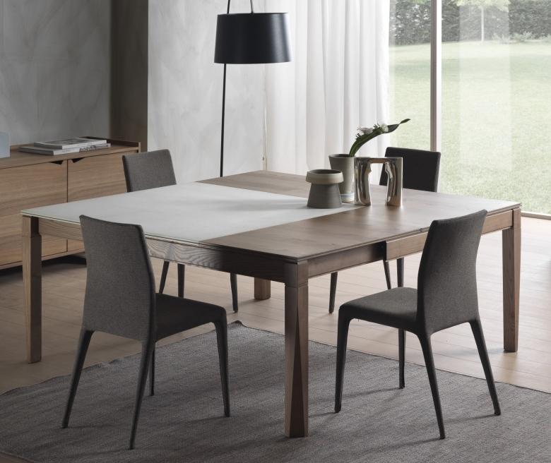 Tavolo Quadrato Per Sala Da Pranzo