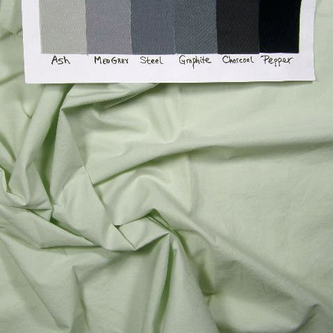 Flat, light greeny-grey solid, 419