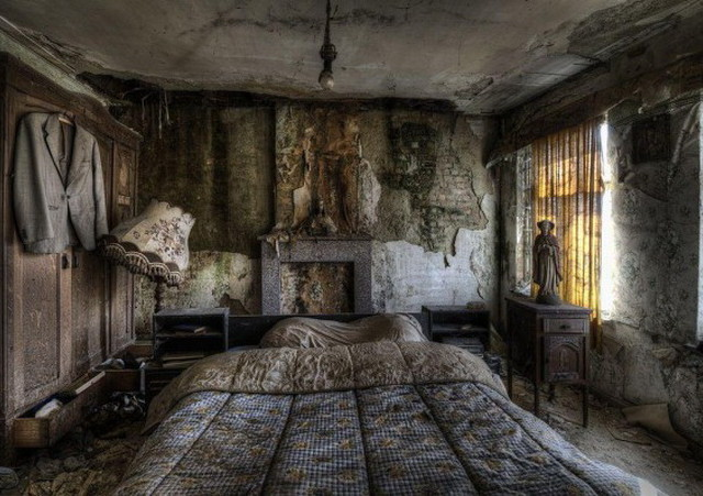 Inside 9 Of The Planets Creepiest Abandoned Cottages