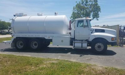 1995 Ford LTL 9000A Vac Truck with a 2005 Dominator 4000 gallon Vacuum System