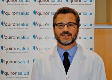 Doctor Pedro Bretcha, Especialista en cirugía del Hospital Quirónsalud de Torrevieja y Presidente de la Sociedad Española de Oncología Quirúrgica (SEOQ).