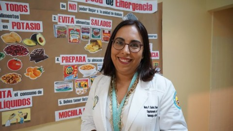 Dr. Marta Suarez, the pediatric nephrologist who oversees Jarianna's case, at Dr. Antonio Ortiz University Pediatric Hospital. (Tony Morain/Direct Relief)