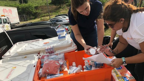 As aftershocks continued, medical suppplies were distributed for evacuees in earthquake impacted communities, including Los Indios and Yauco, pictured here, where a shelter was established by Puerto Rico's National Guard. (Ana Umpierre/Direct Relief)