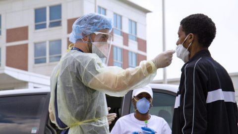 Photo: Bernardo Barrios / Lawndale Christian Health Centers in Chicago, IL