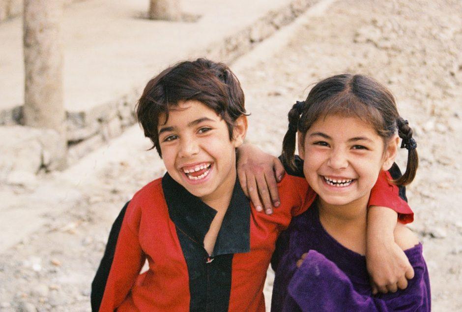 kabul-kids-on-the-street