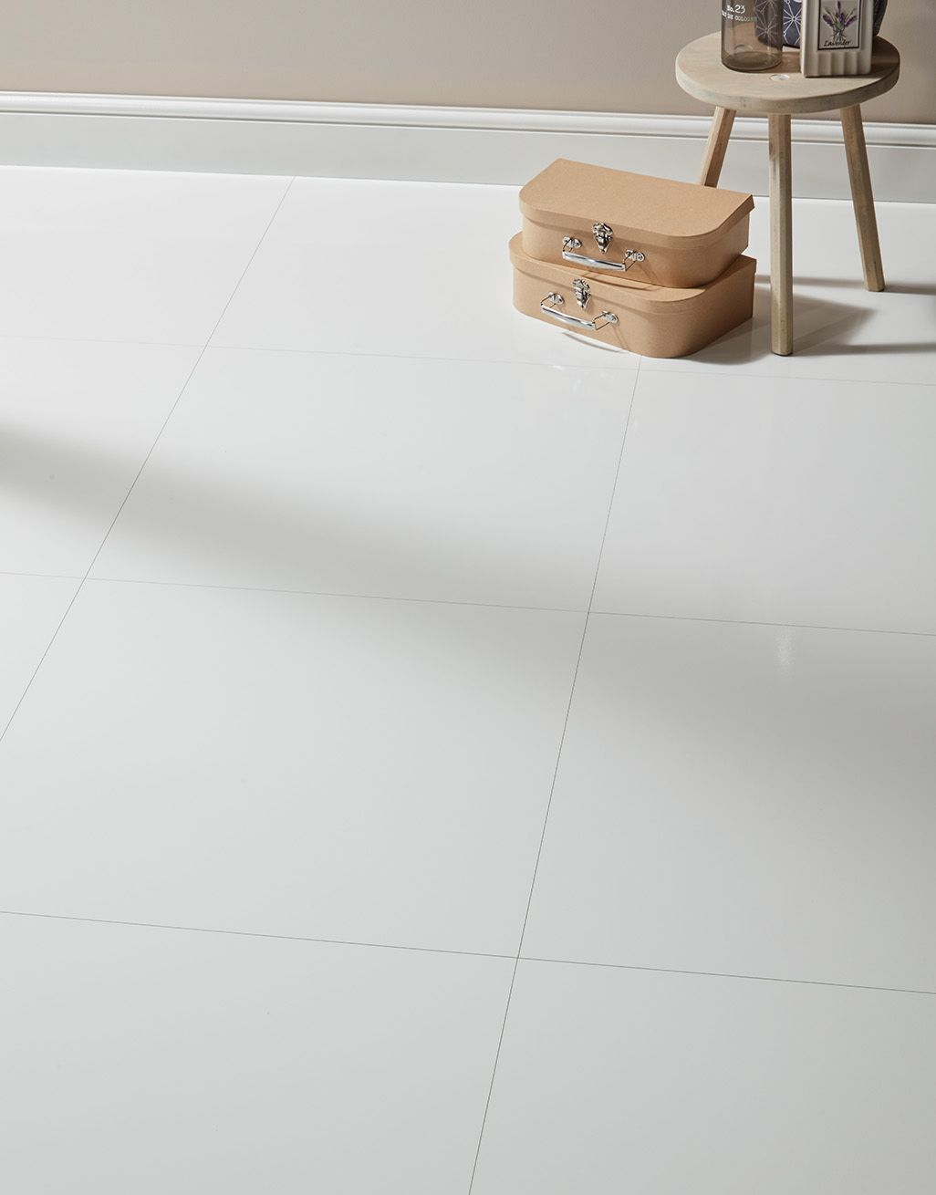 chequer tile white high gloss laminate flooring