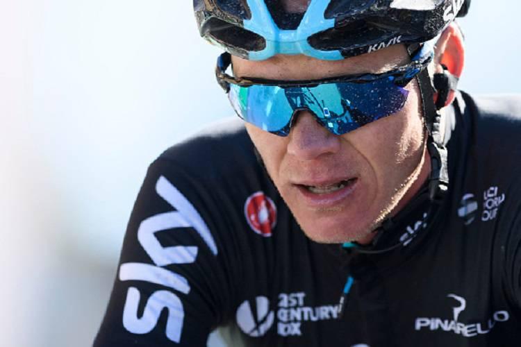 Ciclismo, Froome investito da un automobilista in allenamento: