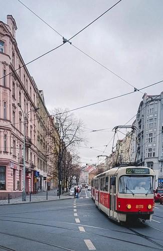 Praga-10-Camminando-per-Vršovice