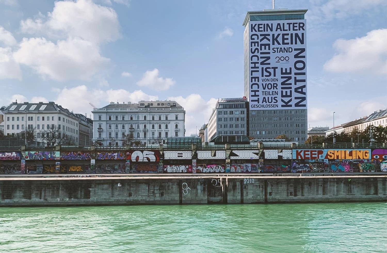 Copertina-Visitare-Vienna-Alternativa