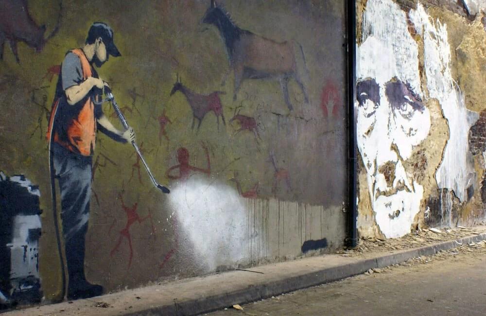 Vhils-vs-Banksy