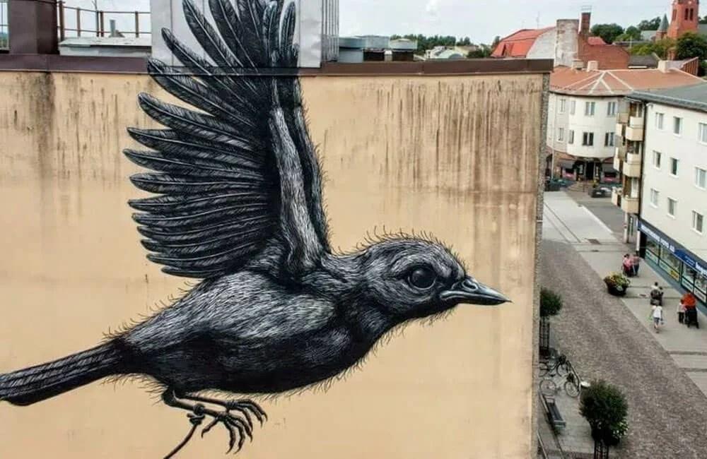 ROA-Street-Art-3-Uccello