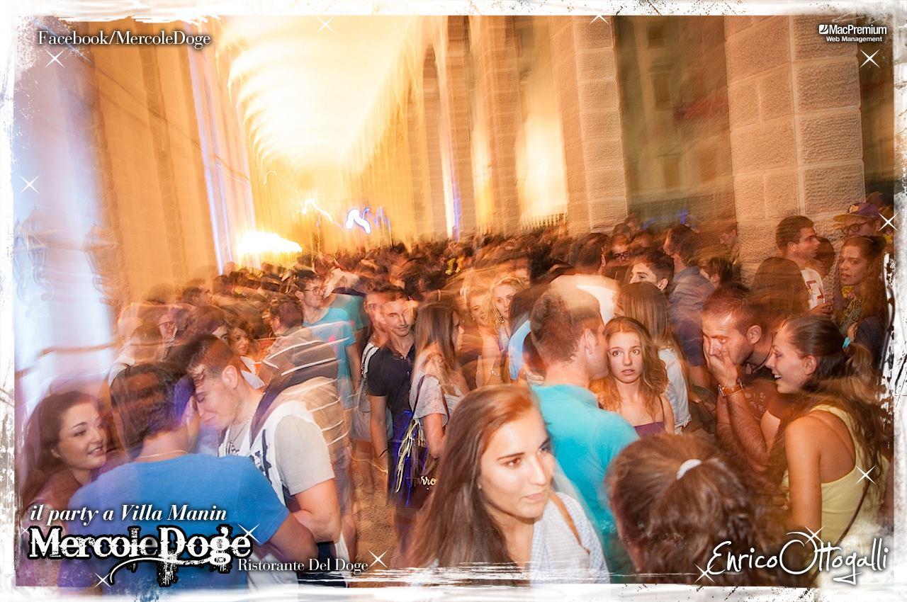 mercoledoge 03 22.07.2015   MercoleDoge a Villa Manin. Il party da conti.