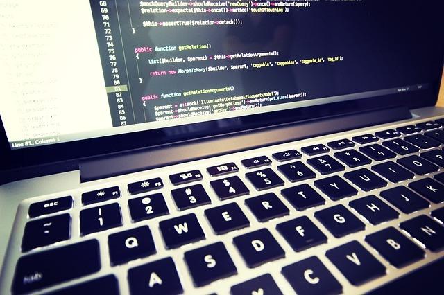 coding 699395 640 F5 Networks rivela: ecco come sfruttando shoplift bug gli hacker hanno assunto il controllo di oltre 6.000 negozi online