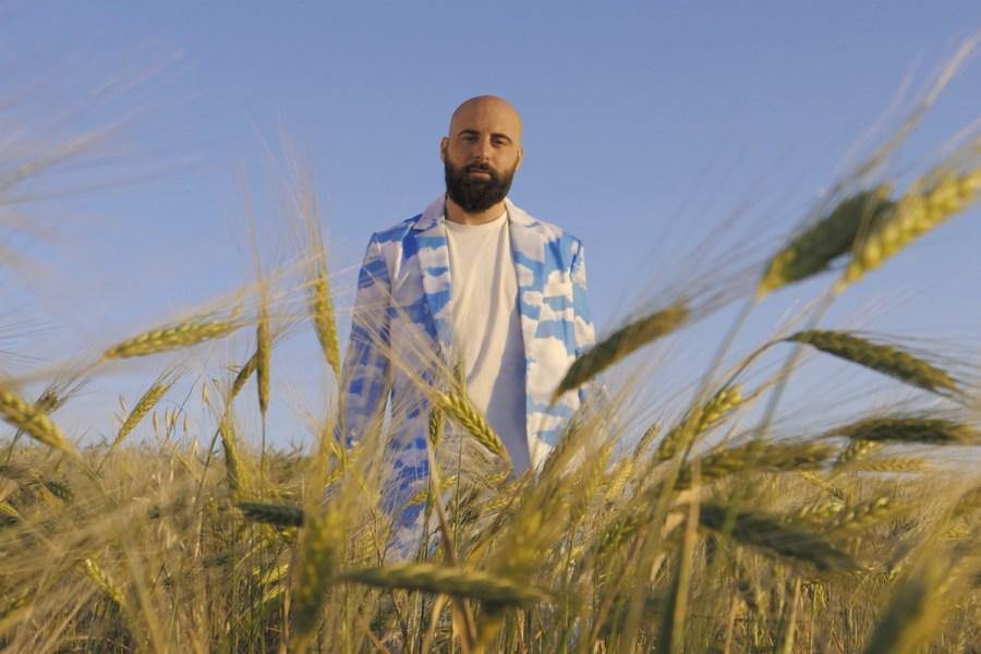 Il nuovo singolo di Costantino: Libertà