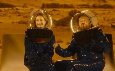 In vacanza su Marte – Cosa c'entra The Mandalorian con questa boiata? (+ il nostro quiz di Natale)
