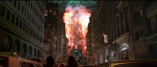 Esplosione dell'Empire State Building in Independence Day, paradigma dell'Americanata al cinema