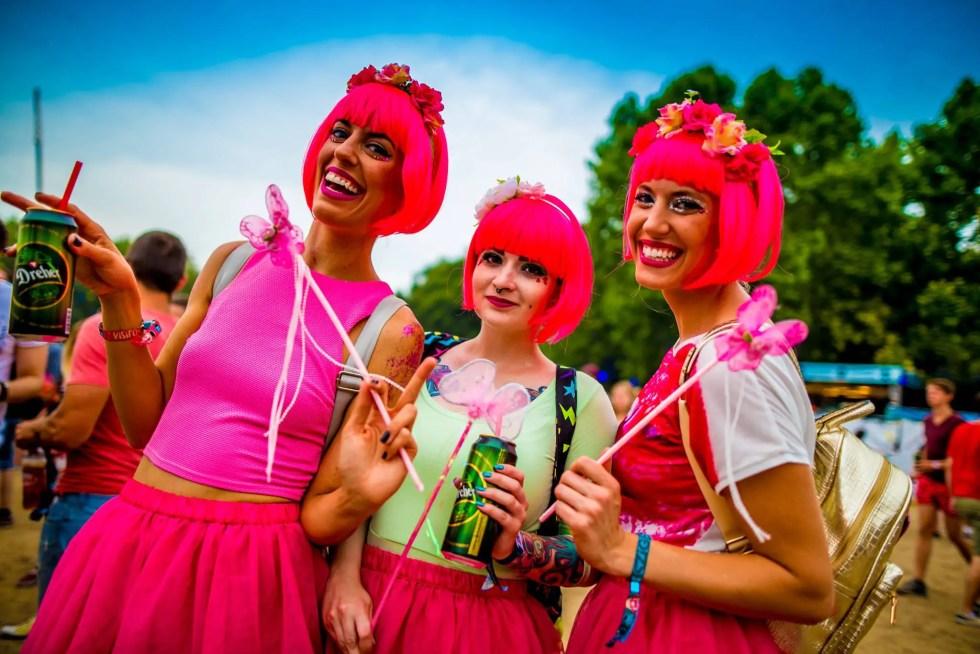 sziget-festival-girls