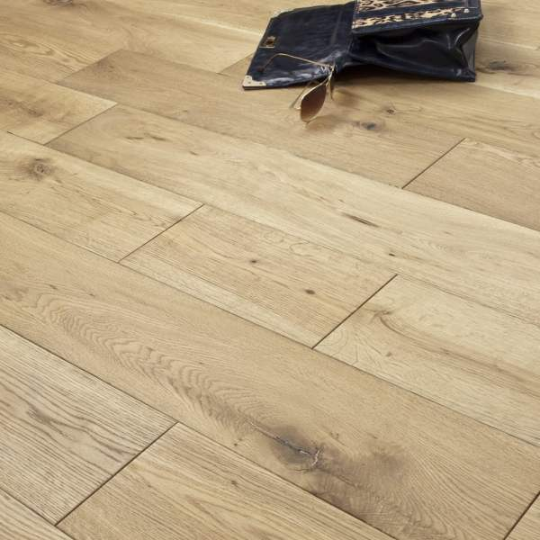 Timeless   18mm Engineered Flooring   Oak Brushed and Oiled   1 98m2     Timeless   18mm Engineered Flooring   Oak Brushed and Oiled   1 98m2