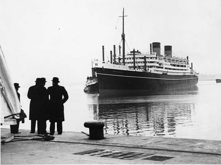 Explore The Golden Age Of Ocean Liners