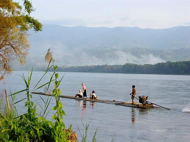 Ruili River is the most important river in western Yunnan and Burma