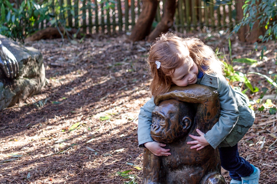 Family Day: Woodland Park Zoo, hugging a gorilla statue