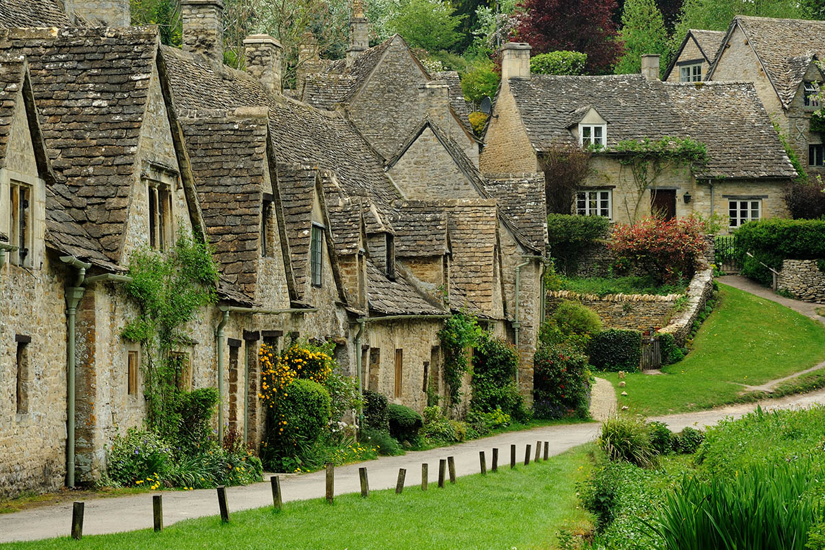Discover London - Day Tours from London - Cotswolds