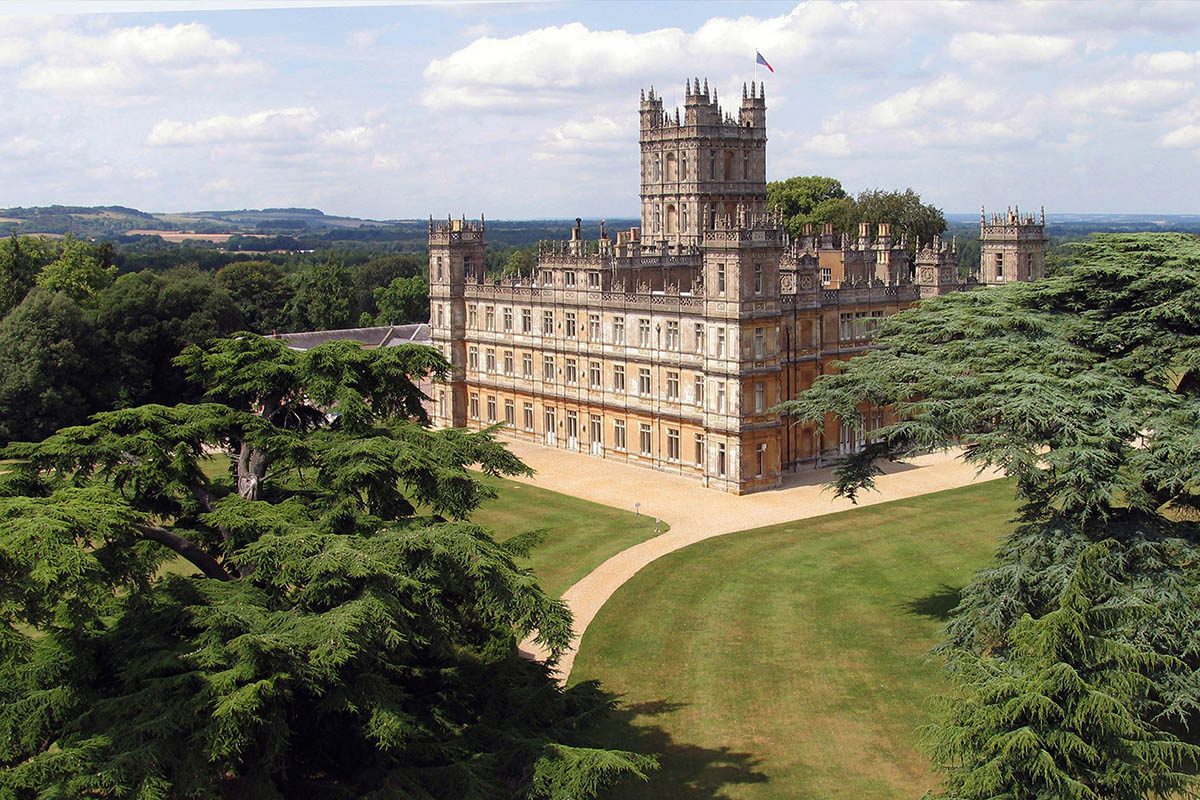 Discover London - Special Interest tours - Highclere Castle