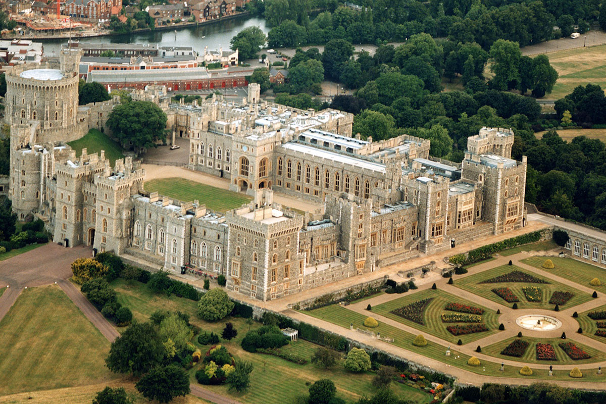 Discover London - Half day tours - Windsor & Runnymede tour