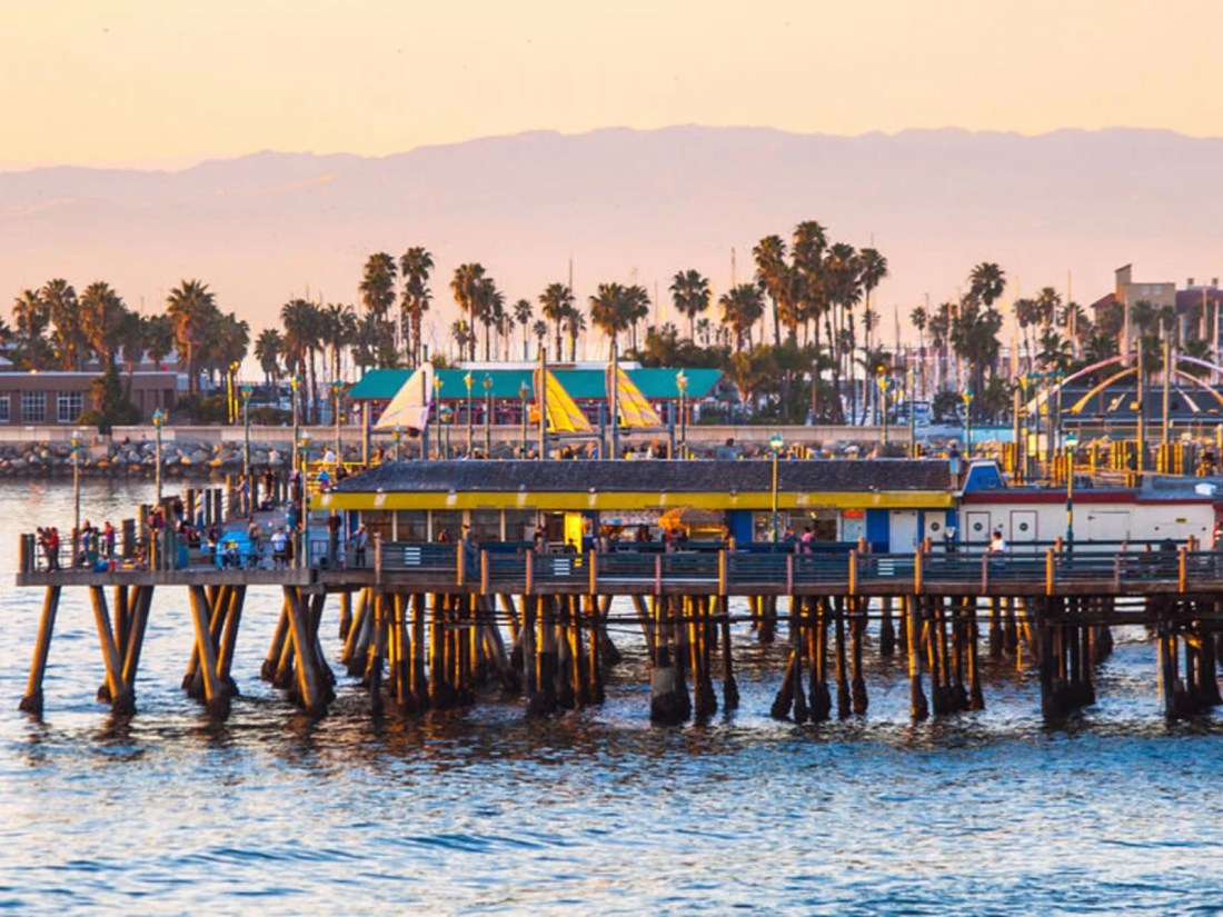 Redondo Beach Pier   Discover Los Angeles