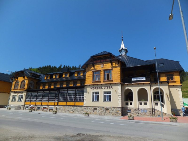 Hotel Bauer, a 3-star hotel and restaurant in the nearby town of Bílá. Czech camping.