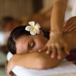 Spa Massage. Photo: Fotolalia