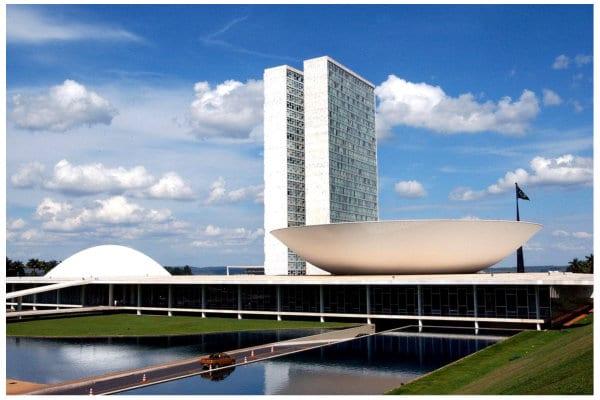 APP Grupo de Joinville promove moções municipais endereçadas para autoridades em Brasília.  Amplie este movimento