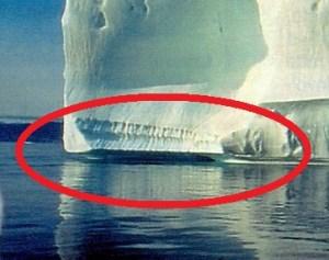 Non è il presunto riscaldamento dell'aria ai poli che aggredisce i ghiacci: che li scioglie è il calore dell'acqua in cui essi sono immersi.