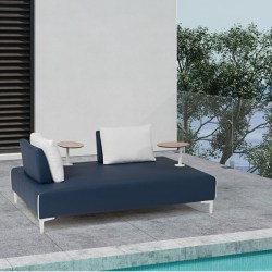 PLATEAU Daybed Midnight Blue Marine Leather contexto 800X800PIX