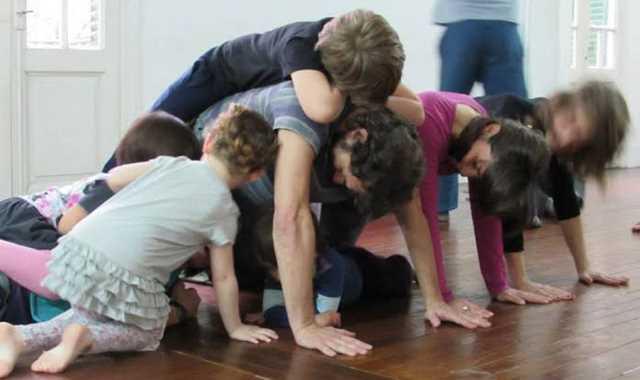 Danza en familia en Plataforma Lavarden