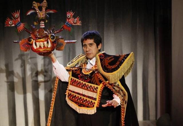 El Bululú, cos Osqui Guzmán