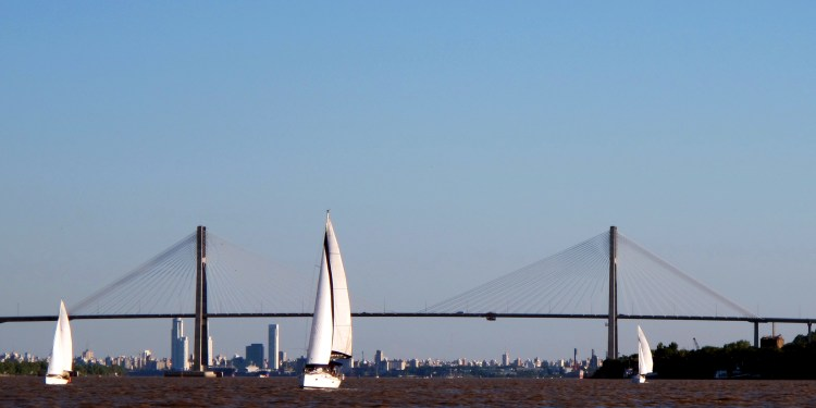 Paseo en velero por Rosario