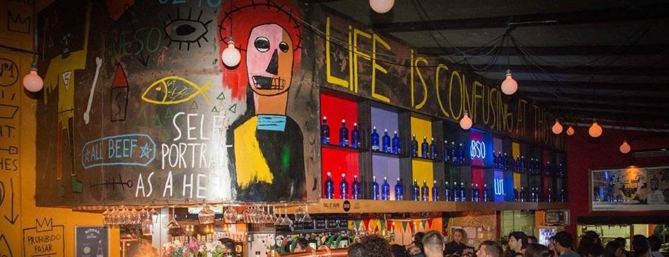 Bares temáticos en Rosario: Basquiat