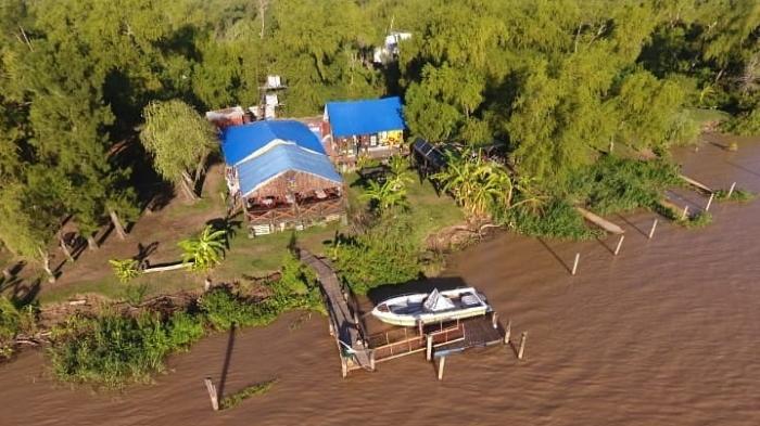 campamento en la isla rosario